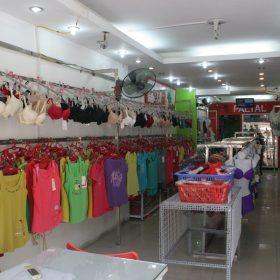 cửa hàng quần áo mặc ở nhà mùa hè ở hà nội