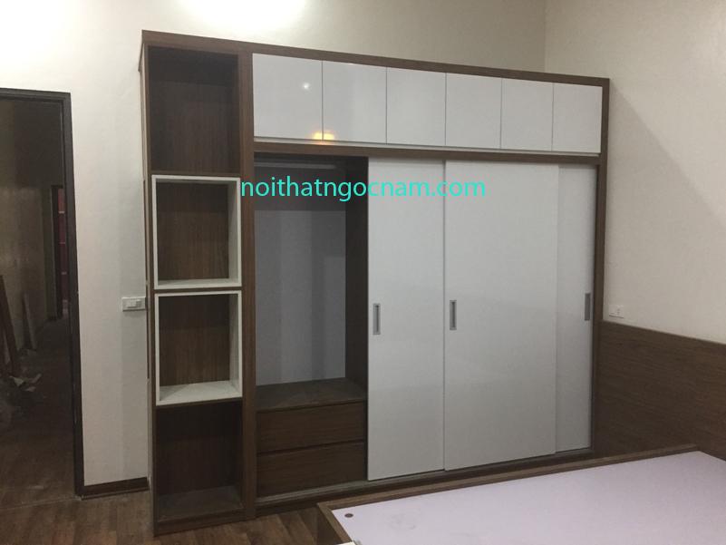Tủ quần áo giá rẻ melamine an cường được thiết kế cùng với hộc tủ trang trí